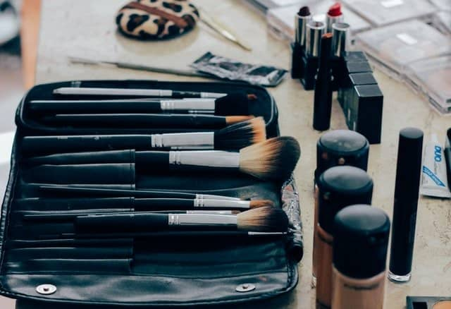 save money on makeup brushes